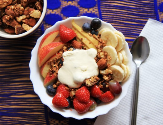 granola-with-raw-cashew-cream